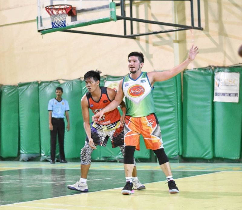 AMCOD Marketing's Arvie Cabanero calls for the ball in the post during their match with Freeasia/Cyria's Kandingan last Sunday, September 15, 2019. AMCOD were able to secure two straight wins during the Cebu Premier Basketball League ARQ Builders Cup during the weekend. (Contributed photo)