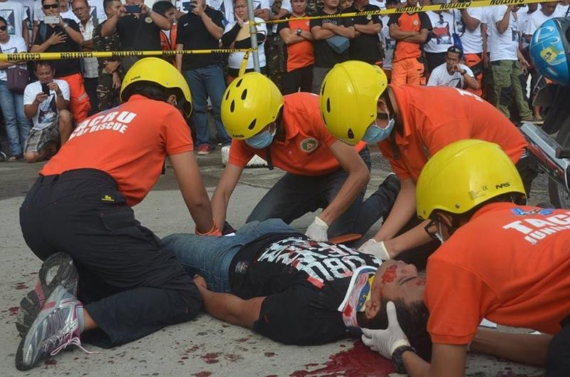Tacloban City Rescue Unit (Tacru) personnel in action. (Contributed photo)