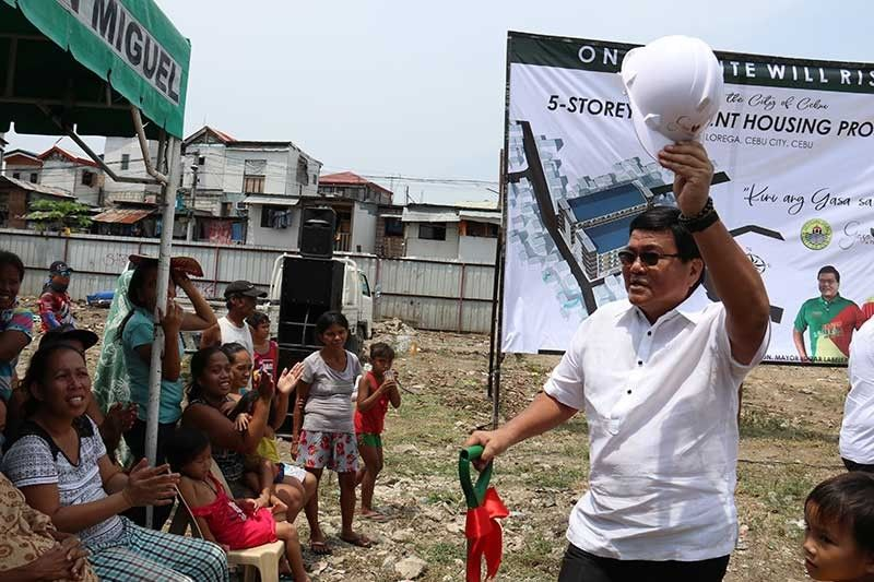 HOME FOR THE HOMELESS: Cebu City Mayor Edgardo Labella says his administation will see to it that developers in the city will comply and deposit the percentage of social housing component before giving them development permits. (SunStar Photo/Amper Campaña)