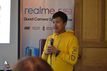 DAVAO. Realme marketing lead Eason de Guzman, during the Realme 5 and Realme 5 Pro launch at White House, Davao City, Wednesday, September 18, said the company has been performing really well in the Philippine market despite only entering the market in 2018. (RJ Lumawag)