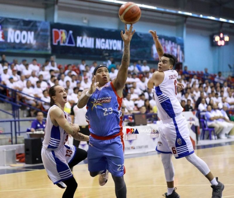 Eloy Poligrates continued his renaissance, scoring 18 points to lead Marinerong Pilipino to the semifinal win. (Courtesy of PBA D-League)