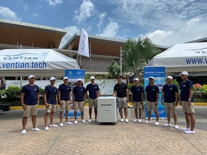 THE LAUNCH. The staff of Ventian Washtech together with Ventian Washtech founder and chief executive officer Christian Daruca, middle. (Photo by Christian B. Quilo)