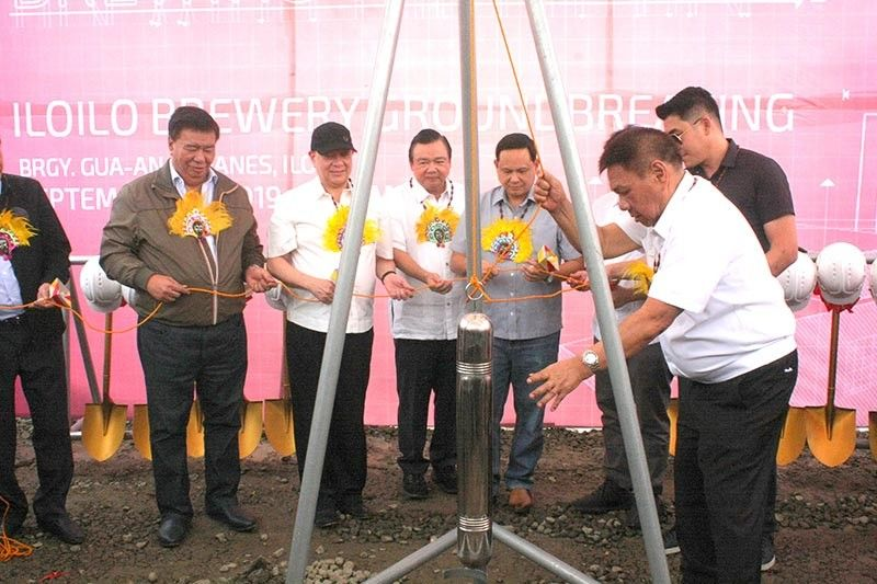 ILOILO. Groundbreaking ceremony and time capsule laying of the San Miguel Brewery in Iloilo. (Leo Solinap)