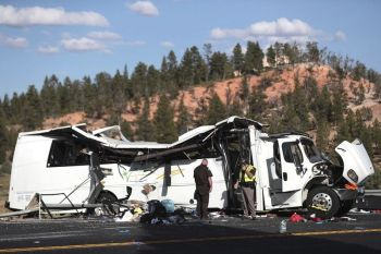 UTAH. Authorities work the scene where at least four people were killed in a tour bus crash near Bryce Canyon National Park, Friday, September 20, 2019, in Utah. (AP)