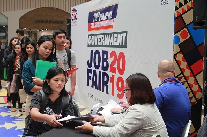 BAGUIO. Hundreds of job seekers flock the Government Job Fair at SM City Baguio spearheaded by the 119th Philippine Civil Service Commission– Cordillera Administrative Region on Monday, September 23, 2019. (Photo by Jean Nicole Cortes)