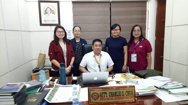 PAMPANGA. Princess Mayumi Kaye Peralta of CFO (left), Claire Ruzzel Esturas of PCW, lawyer Charlie Chua, provincial administrator, Janet Ramos of CFO, and Luningning Vergara, Peso head, discuss the possible collaboration of CFO and the Pampanga Provincial Government to help kabalen immigrants. (Contributed photo)