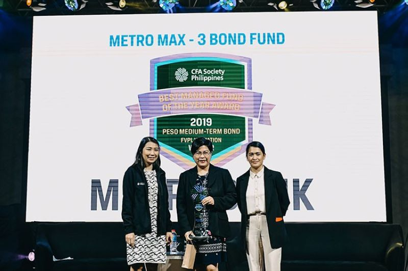 MANILA. From left: Cristina P. Arceo, CFA, president of CFA Society Philippines; Genevieve C. Pecaña, head of  Local Currency Fixed Income Department of Metrobank Trust Banking Group; and Rizchelle S. Manaog, program director of CFA Society Philippines. (PR)