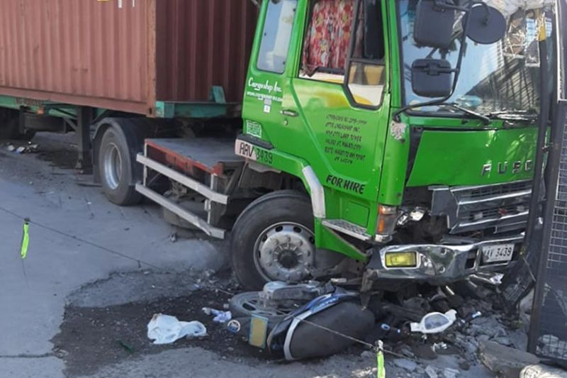 PAMPANGA. The truck that caused injury to 21 individuals rammed a motorcycle and a passenger jeepney in a road accident along Jose Abad Santos Avenue in the City of San Fernando on Thursday, September 26, 2019. (Chris Navarro)