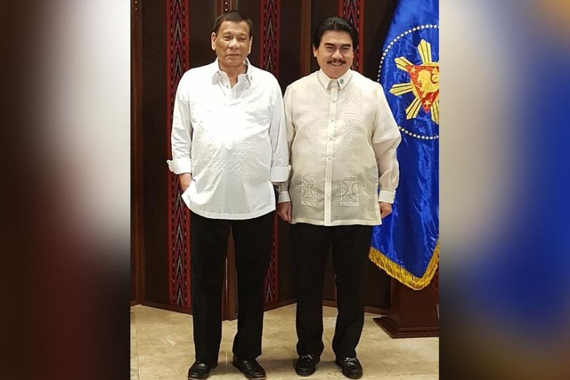 BACOLOD. President Rodrigo Duterte willl grace the National Executive Board Meeting of the League of Cities of the Philippines (LCP), that will be presided by its national president, Bacolod City Mayor Evelio Leonardia (right), Friday, September 27. (City PIO file photo)