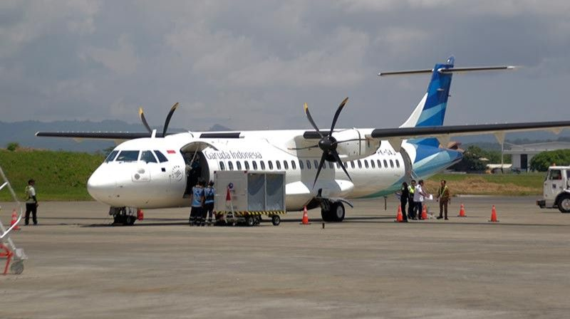 DAVAO. The Davao-Manado air route will be served by Garuda Indonesia's ATR 72-600 aircraft with an all-economy class configuration that can carry 70 passengers. It will be flying twice per week on Fridays and Mondays. (Ralph Lawrence Llemit)