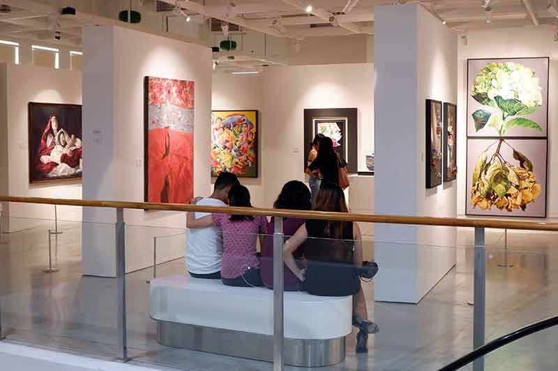 ILOILO. New set of artworks on exhibit at ILOMOCA's Adoracion Valencia Gallery. (Photo by Jinggoy I. Salvador)