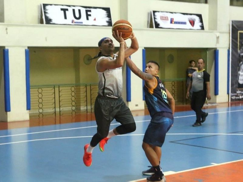 Concentrix's Admir Batiancila goes for a layup. (Contributed photo)
