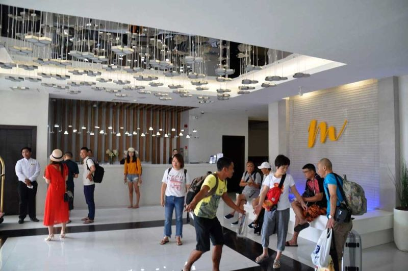 BOOM IN ARRIVALS: Chinese Consul General Jia Li says the number of Chinese tourists in Cebu is expected to further increase this year. The People's  Republic of  China will celebrate its 70th founding anniversary on Oct. 1. (SUNSTAR FILE)