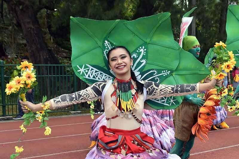 BAGUIO. The University of the Cordilleras Dance Company composed of high school students showcased their winning performance during the Bayle sa Kalye or the Modern Street Dance Parade of the Festival of Talents of the Department of Education Baguio Division at the Baguio Athletic Bowl on Thursday last week. The UC High School is the Baguio City Division and Cordillera Regional Champion and the 2nd Runner-up in the National level. (Redjie Melvic Cawis)