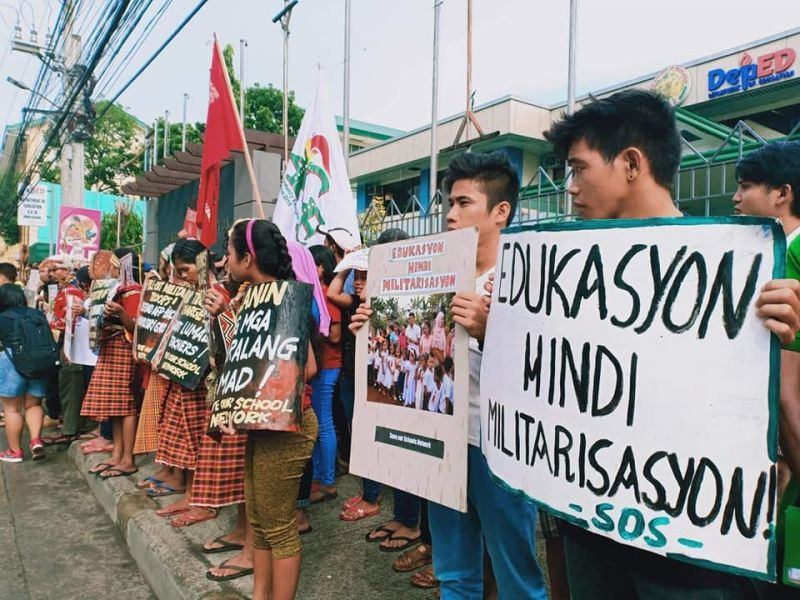 DAVAO. Save Our Schools (SOS) Network holding a protest in front of the Department of Education (DepEd)-Davao office. (Photo from Salugpongan Lumad Schools in Mindanao Facebook page)