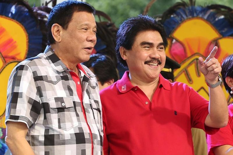 BACOLOD. President Rodrigo Duterte with Bacolod Mayor Evilio Leonardia. (City PIO file photo)