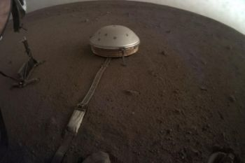 MARS. This April 25, 2019 photo made available by NASA shows the InSight lander's dome-covered seismometer, known as SEIS, on Mars. On Tuesday, October 1, 2019, scientists released an audio sampling of marsquakes and other sounds recorded by the probe. (AP)
