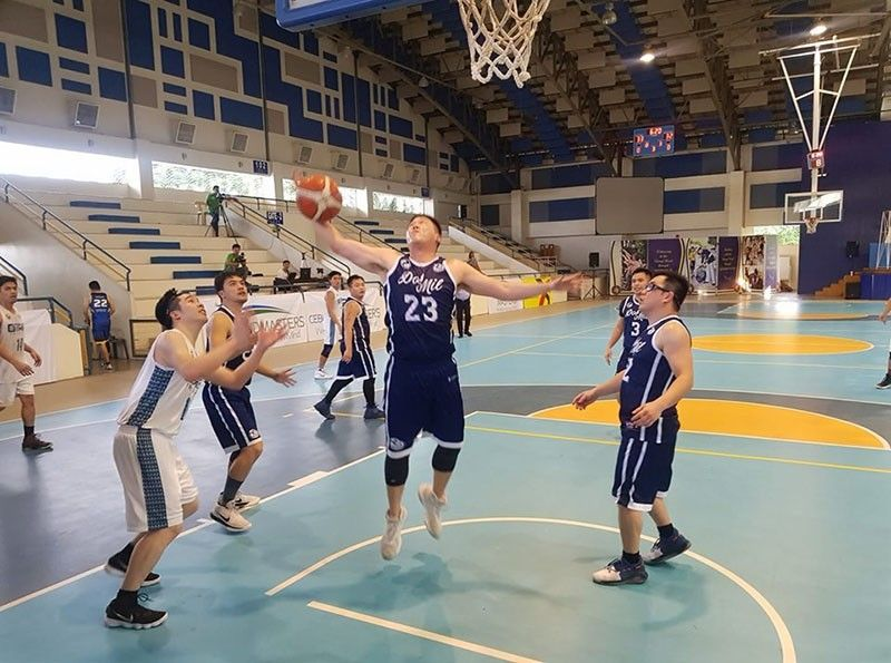 Batch 2000's Joseph Lo hauls down a rebound in their SHAABAA game last Sunday, September 29,   2019. (Contributed photo)
