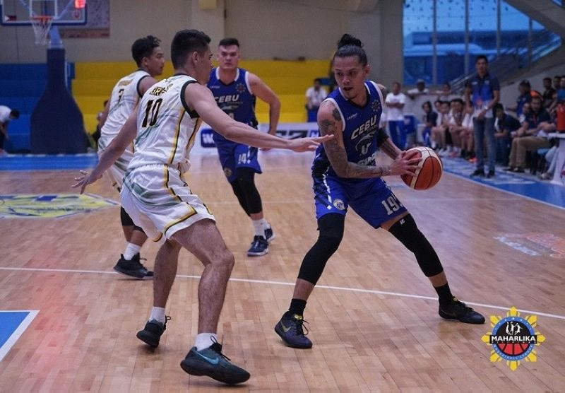 Patrick Cabahug and the Cebu Sharks take on the winless Soccsksaergen Marlins on Friday, October 4, 2019. (Photo courtesy of MPBL)