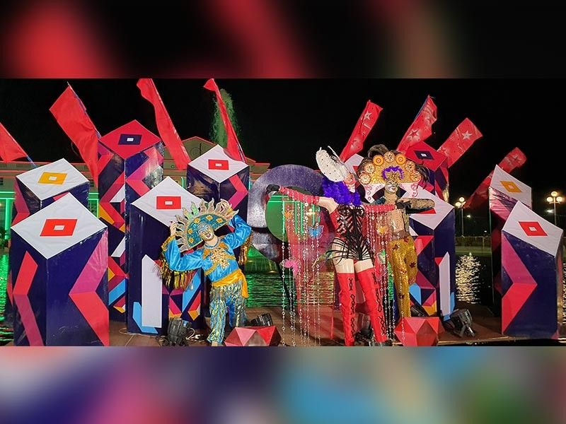 BACOLOD. The art installation of the Ruby edition of the MassKara festival was unveiled on October 6, 2019 at the Bacolod Government Center. In photo are Festival Director Eli Francis Tajanlangit, Councilor Simple Distrito, First Lady Elsa and Mayor Evelio R. Leonardia, RJ Lacson, Councilor Israel Salanga and 2018 MassKara queen Ella Mae Mercado. (Carla N. Canet)