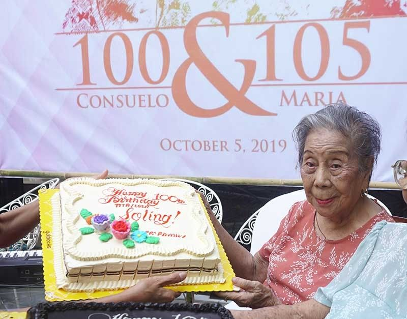 100 ANYOS NA: Sa iyang edad nga 100, si Consuelo