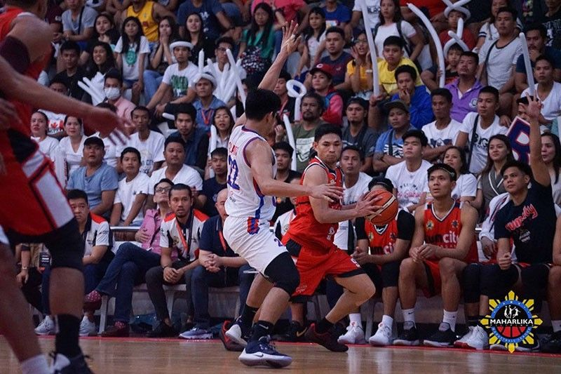 Cebuano Mon Rogado played hero for Batangas City as he made the go-ahead three-point play to   help them beat the San Juan Knights in the MPBL. (MPBL)