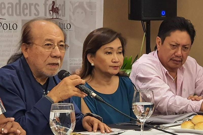 SCRAP HOUSING VAT. Chamber of Real Estate and Builders' Association (Creba) Inc. chairman Charlie Gorayeb (left) speaks during 888 News Forum. With him are Creba vice president for chapter affairs Jocelyn Yumul and Creba executive vice president Pablo Panlilio Jr. (SunStar photo / Arni Aclao)