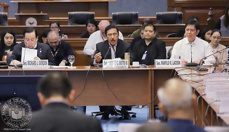 MANILA. (From left) Senator Richard Gordon, Senate President Vicente Sotto III and Senator Panfilo Lacson resume the investigation into illegal drugs on October 9, 2019. (Photo from Senate Facebook)