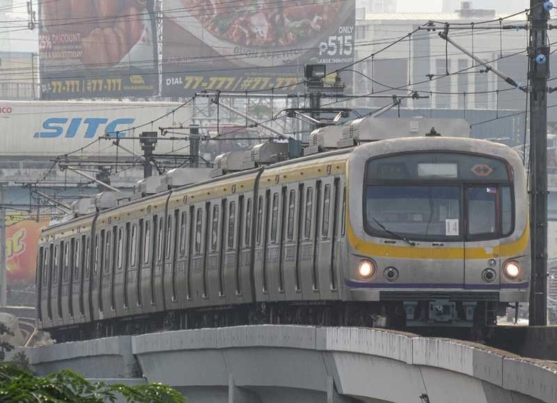 MANILA. The Philippines posted low scores in efficiency of train systems, reliability of power and water supply, addressing organized crime, reliability of police services, freedom of the press and judicial independence, among others. (File Photo)