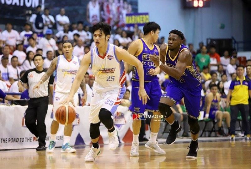 The usually-high scoring Marinerong Pilipino was stymied and finished with just 60 points. Cebuano forward Leonard Santillan managed just five. (Photo courtesy of PBA D-League)