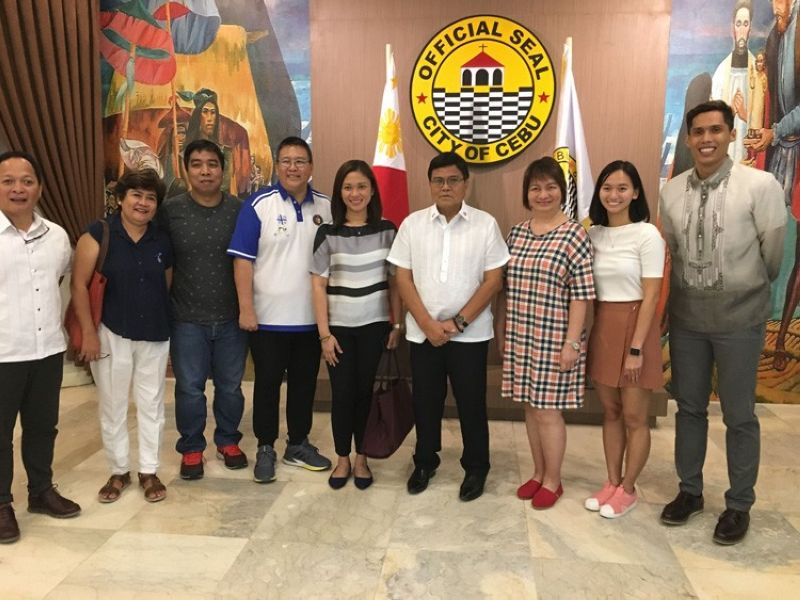 Officials of the MVP Sports Foundation and the CYBL meet with Cebu City mayor, Edgardo Labella. (Contributed foto)