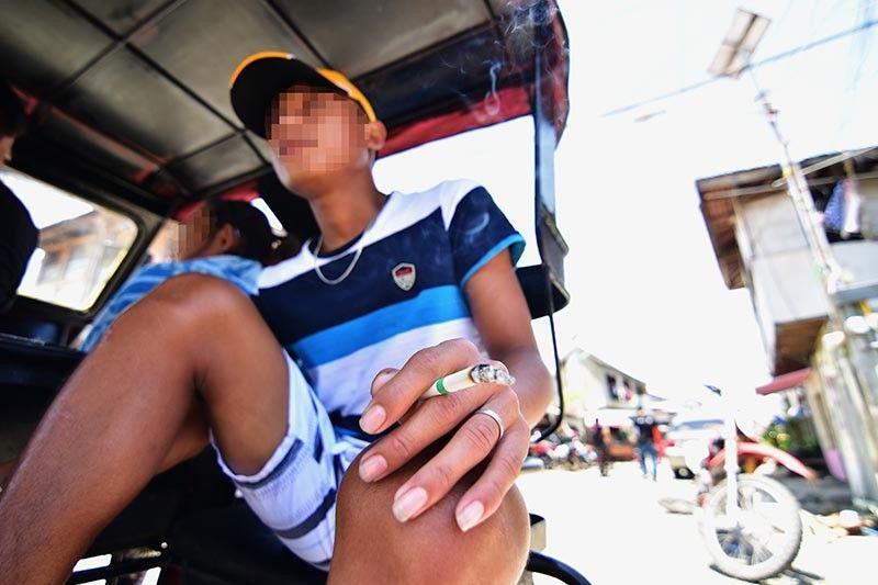 9K APPREHENSION. The Davao City Vices Regulations Unit has already recorded nine thousand apprehensions from January to August this year compared to last year's nine thousand for the whole year. The rise of apprehensions is attributed to more enforcers deployed to the field. (Macky Lim)