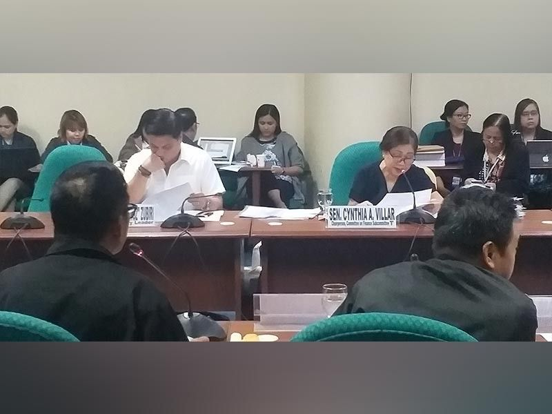 MANILA. Senate committee on agriculture and food chair Cynthia Villar (right) spearheads the hearing on the National Expenditure Program of the Department of Agriculture at the Senate in Pasay City. (Photo by Erwin P. Nicavera)