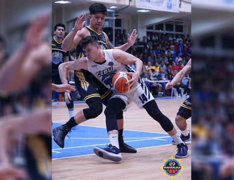 Cebu Sharks big man William McAloney scored 23 points against Bacoor in the loss on Thursday night in the Maharlika Pilipinas Basketball League (MPBL). (Foto courtesy of MPBL)