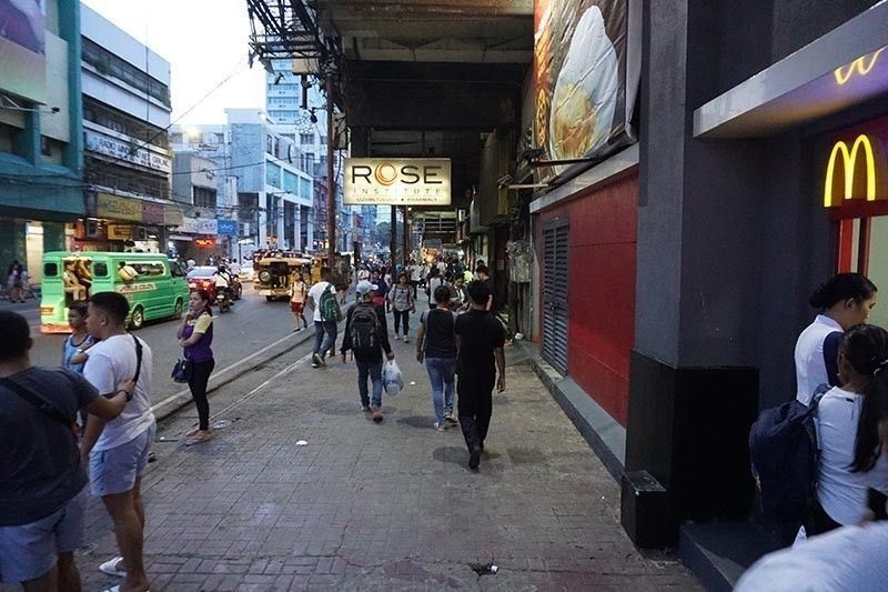 CEBU. A sidewalk on Colon Street in Cebu City has been cleared of vendors and obstructions. (File Photo)