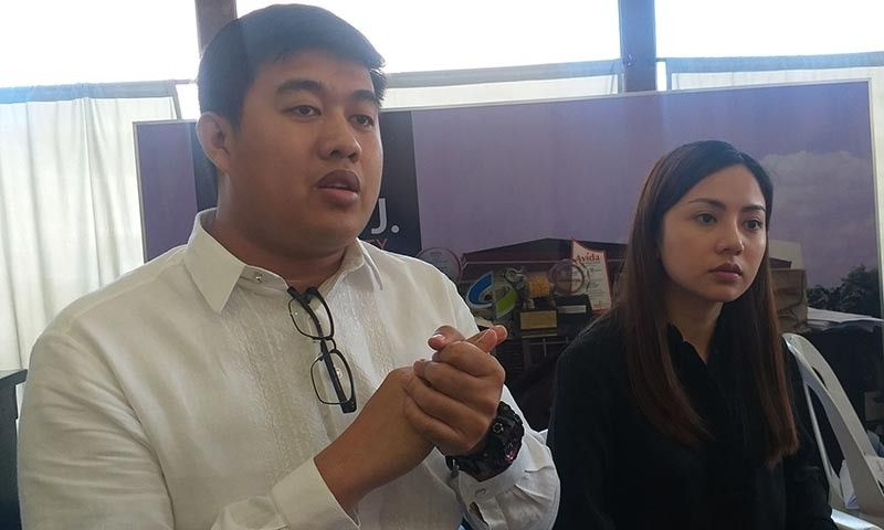 BACOLOD. (From left) Lawyers Nestor Jeremy Moreno and Josefa Maria Castro, legal counsel of the victims, reveal that they have filed charges for violation of Republic Act 7610 against the three dance instructors for allegedly abusing and molesting their three minor ballet-students at the City Prosecutor's Office in Bacolod City yesterday. (Photo by Erwin P. Nicavera)