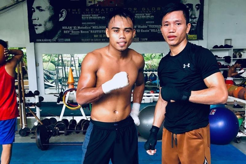 "RING RETURN. Jay-ar Aliasot (right) will make his ring return in the ""Brawl at the Mall""  on Oct. 20. (Contributed photo)"