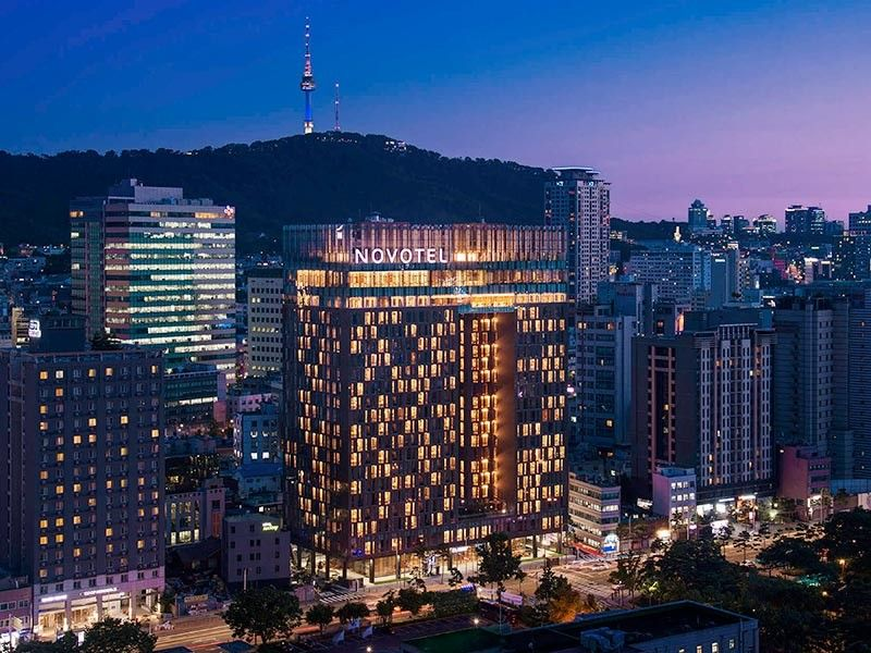 Novotel Ambassador Seoul Dongdaemun & Residences is designed with the eaves of Heunginjimun Gate (Dongdaemun Gate) as motif (Accorhotels photo)