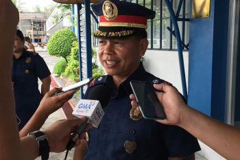 ILOILO. Police Lieutenant Colonel Jovie Espenido, former police chief of Ozamiz City, is being interviewed by the local media at the Police Regional Office-Western Visayas Tuesday, October 15, 2019. (Leo Solinap) onerror=