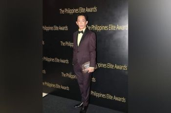 Larry Carumba, a Victoriahanon who was named as an International Visual Artist of the Year by the Philippine Elites Award. Carumba was once a Malihaw and Bagong Bayani awardee 2013 for Culture and the Arts. (Photo credit: https://hollywoodweeklymagazine.blogspot.com)