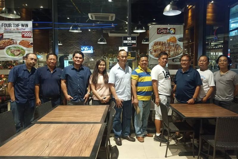WE'RE READY. Cebu Executives and Professionals Chess Association president Jerry Maratas (third form left) says their group is ready for the third staging of the 3rd Pestaño Memorial Cup. (SunStar photo / Richiel S. Chavez)