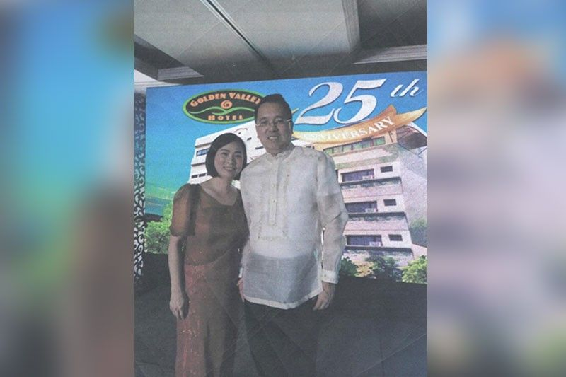 PARTNERS. Golden Valley Hotel president Benny Que and wife Teresa.