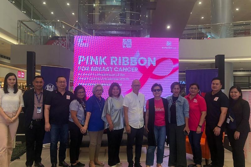 PAMPANGA. SM Cares Pink Ribbon for Breast Cancer Awareness was held on Wednesday, October 16, 2019, at SM City Telabastagan with (from left to right) host and actress Sophie Albert, mall manager Bong Garcia, Philippine Breast Cancer Society president Dr. Victor Gozali, Local Council of Women Chairperson Dr. Leticia Yap, Angeles City Vice Mayor Vicky Vega-Cabigting, City of San Fernando Vice Mayor Jimmy Lazatin, breast cancer survivor and advocate Direk Bibeth Orteza and Melissa De Leon, director of SM Cares  Program on Women and breastfeeding mother Marie Bernadette Velasco, PBCS Breast Surgeon Dr. Joseph Jude Mercado, and Assistant Mall Manager Bernadette Antonio. (Contributed photo)