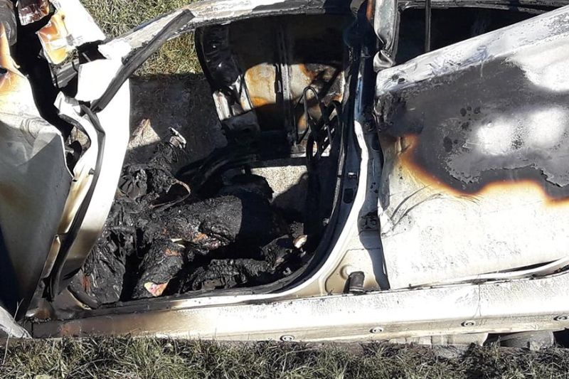 CLARK FREEPORT. Four persons were burned to death Tuesday, October 15, in a fatal car crash at the vicinity of Omni Aviation along M.A. Roxas Avenue, Clark Freeport. (Contributed photo)