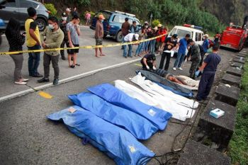BENGUET. Eight cadavers, including two skeletal remains, were found and retrieved in Sitio Poyopoy along Marcos Highway in Tuba, Benguet. (Jean Nicole Cortes)