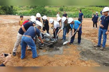 MARAWI CITY. Officials of Task Force Bangon Marawi and the local government on Thursday, October 17, 2019, hold a ceremonial groundbreaking of the area where permanent shelters will be built in Barangay West Dulay. (Nef Luczon)