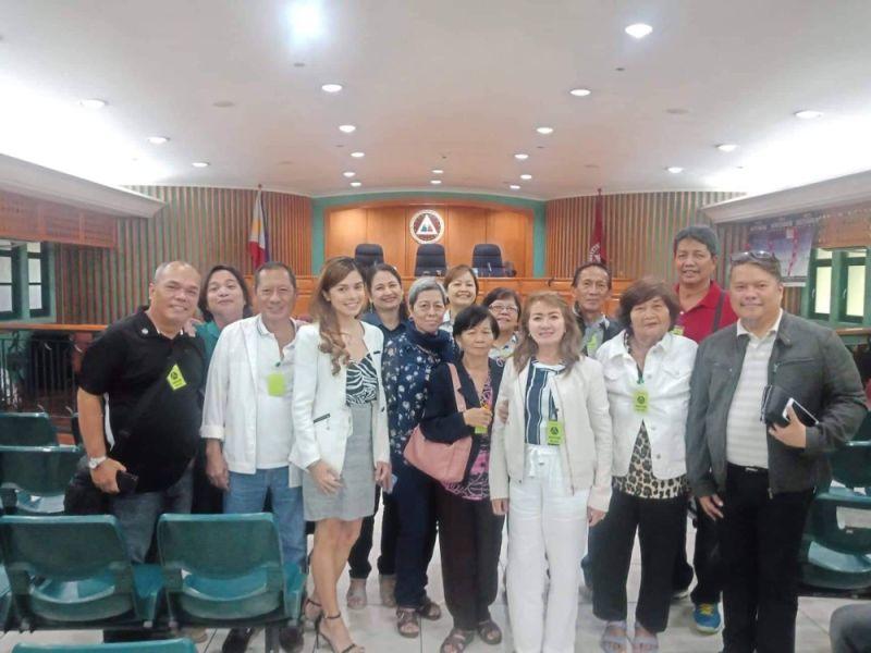 CEBU. Nagmaya ang mga Lapu-Lapu City officials human gibasa ang desisyon sa Sandiganbayan sa pagbasura sa kasong pagpangawkaw batok kanila. (Tampo nga hulagway)