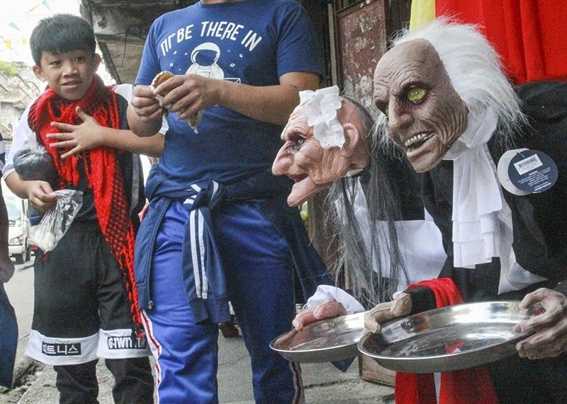 BAGUIO. As November nears, Halloween costumes and decorations are already displayed in establishments in Baguio City. (Jean Nicole Cortes)
