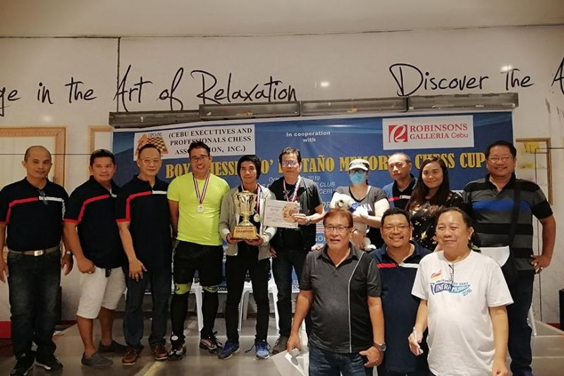 OUT-OF-TOWN-SUCCESS.  Visiting teams from Bohol, Samar and Zamboanga del Sur receive their prizes after taking the top three spots in the Pestaño Memorial Cup. (Contributed photo)