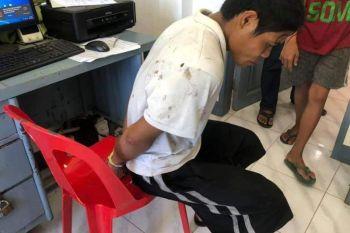 CAGAYAN DE ORO. Sikop si Freddie Barbon, 28, minyo, residente sa Barangay Malinao, human giakusahan nga milugos sa 6 anyos nga batang babaye sa Gingoog City. (Gingoog PNP)